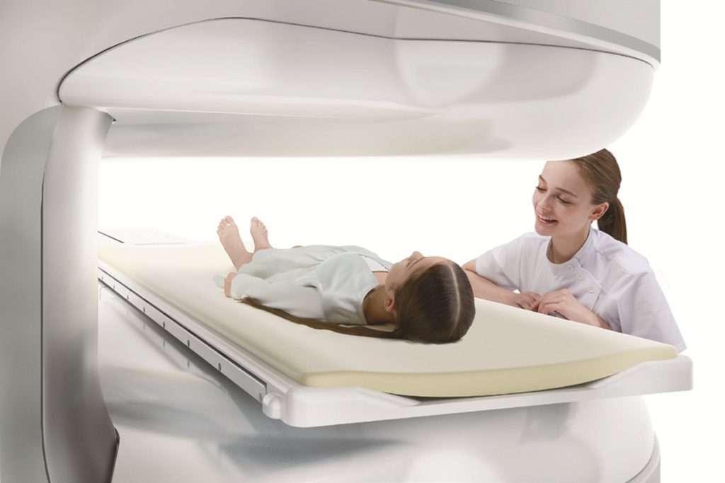 Nyitott MRI vizsgálat modern gépekkel felszerelt rendelőnkben